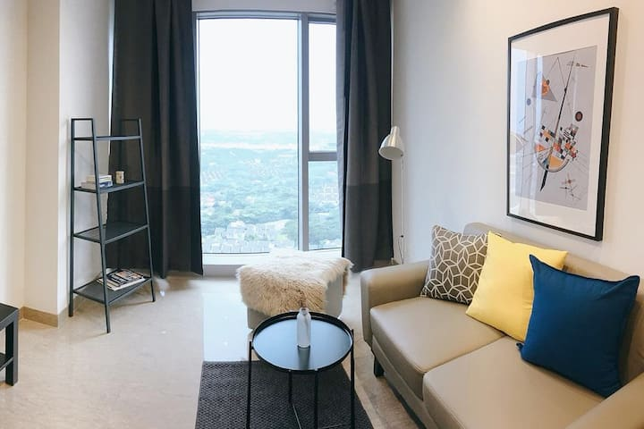 Cozy Modern Apartment near Aeon Mall ICE BSD