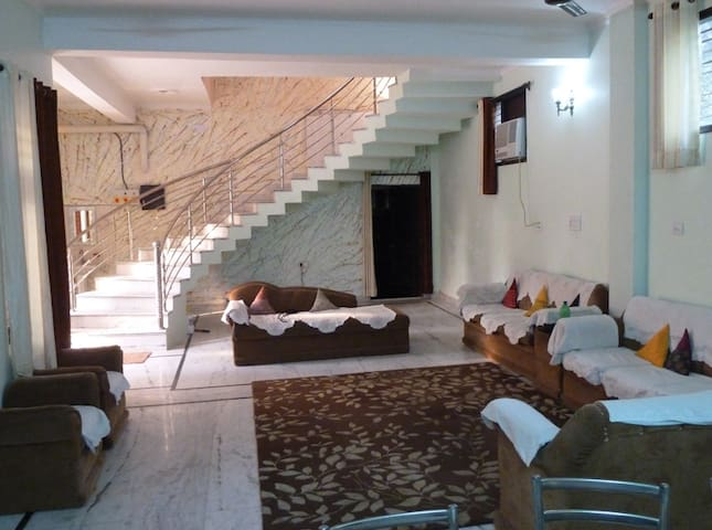 Walking distance from Taj and Fort - Agra - Bed & Breakfast