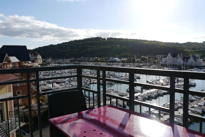 Beautiful view with 2 swimming pool - Dives-sur-Mer - Wohnung
