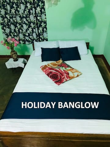 RR Holiday Bungalow in Jaffna in Nature Background
