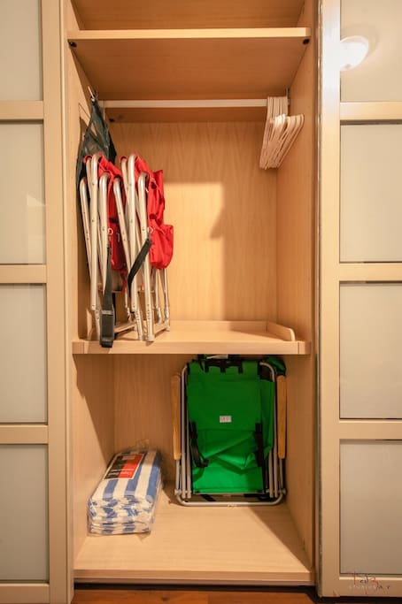 Multiple spacious closets, hangers, sliding drawers, beach accessories