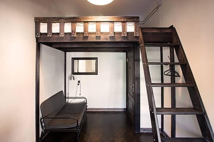 Двухместный люкс в хостеле №16 Riverside