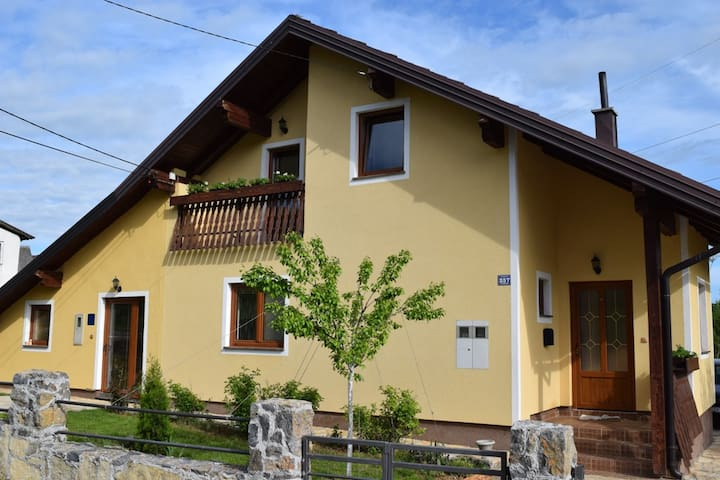 Apartment - green heart of Croatia - Otočac - Hus