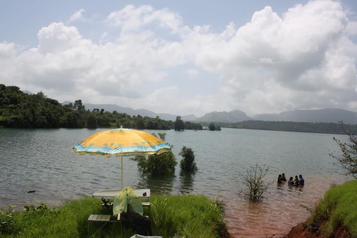 Lake View Farm house - Maharashtra - Casa