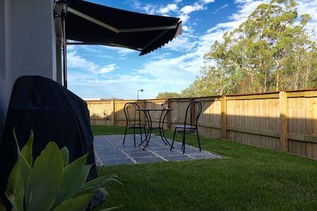Private self-contained unit in Noosa. - Noosaville  - Pis