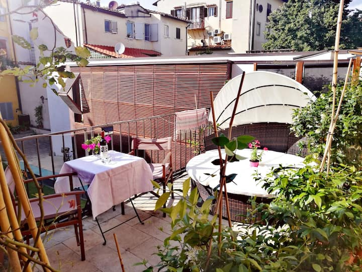 terrace apartment in santo spirito district