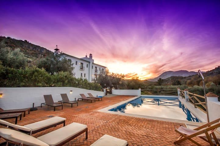 Luxury villa Subbetica between Granada & Cordoba
