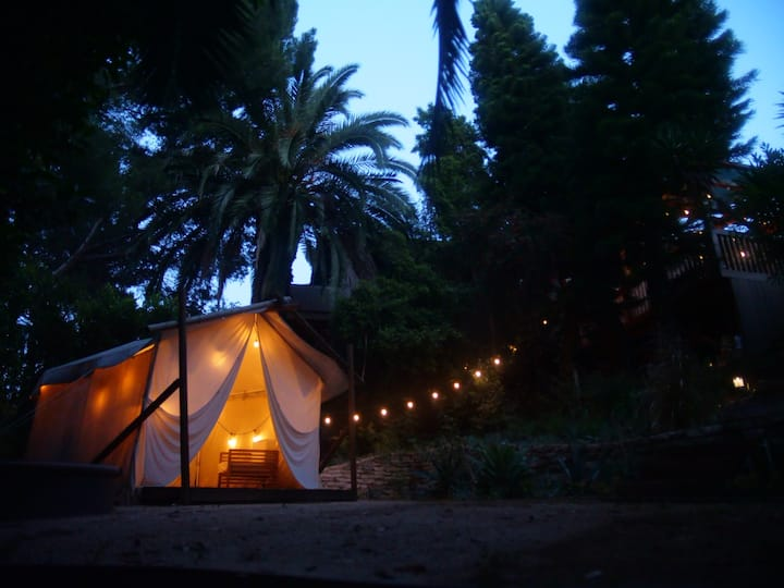 Relaxing Private Garden Bungalow with Boho Tent