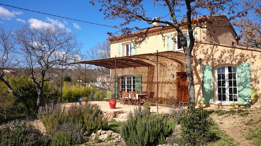 Le mas de Chantegrillon - La Verdiere - House