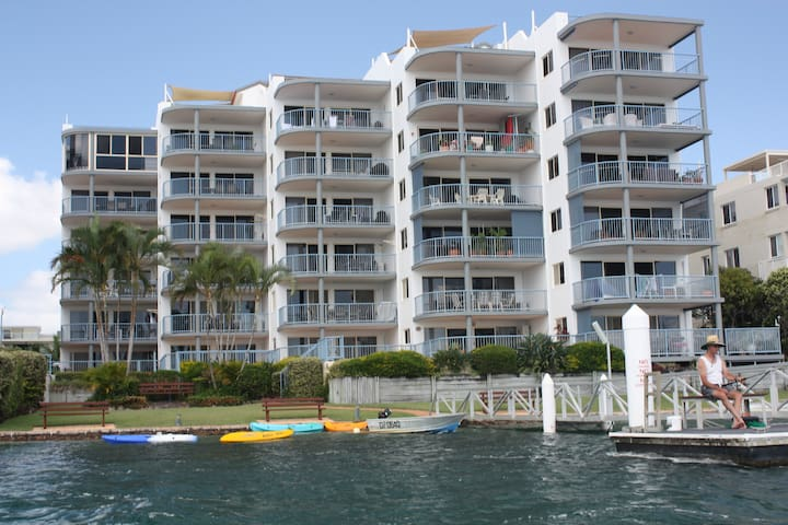 Penthouse  3 bed WATERFRONT UNIT - Maroochydore - Pis