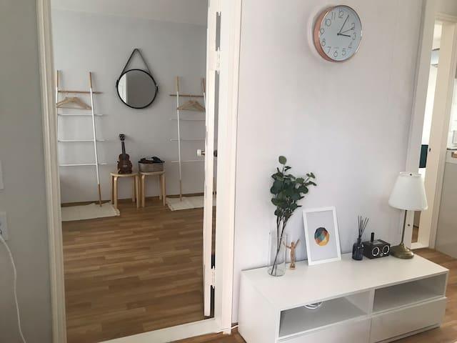♥HONGDAE/SANGSU/HAPJEONG/ Private room in a house♥