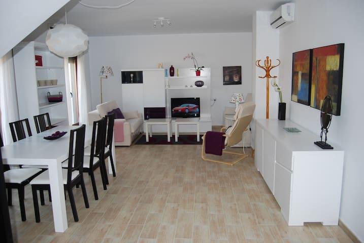Duplex en zona monumental - Baeza - Apartamento