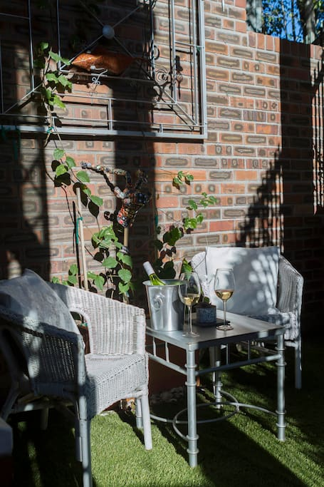 Private outdoor terrace, perfect for a sundowner.