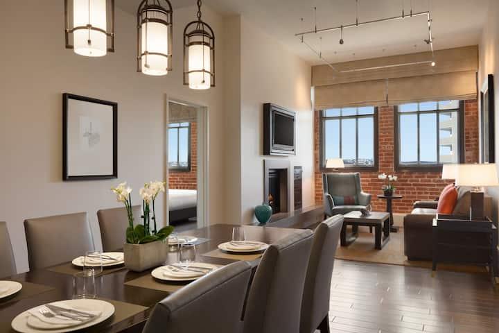 3-bedroom Luxury Condo