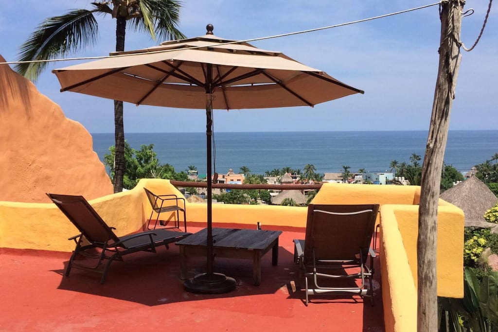 Top viewing balcony, shared area available to both Casitas, A & B. Has table and chairs for use and the best view of Sayulita.