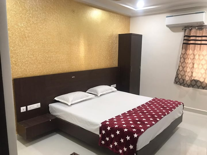 Sri Krishna Residency - Deluxe A/c Guest Rooms