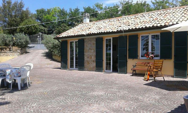 Parco San Bartolo Da Mirella  tra Olivi e ginestre