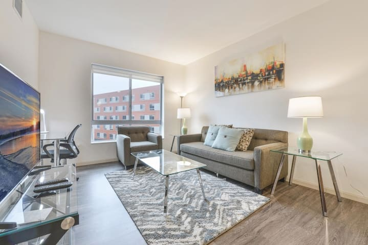 Modern 1BR | Next to Case | Little Italy | by GLS