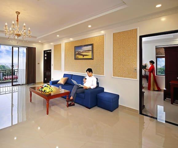 Uri Hotel