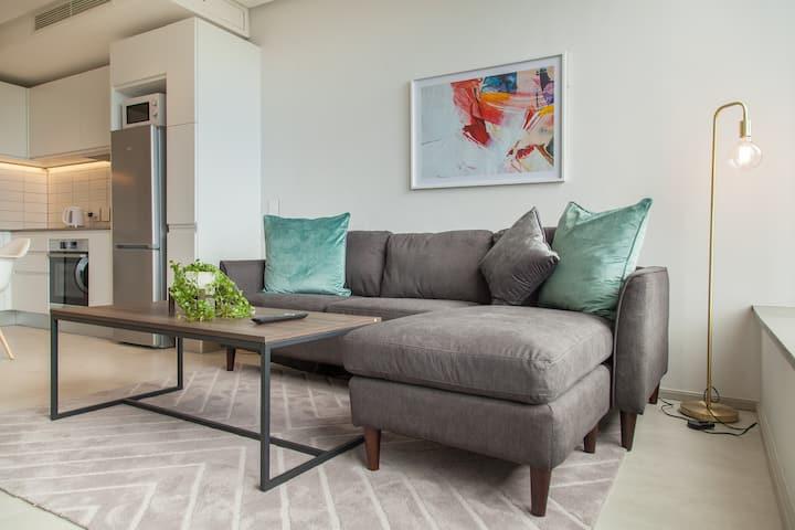 Luxury Studio Apartment in City Centre