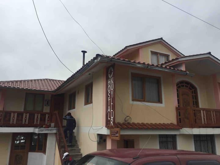 Kuyllur Ñán Hostel