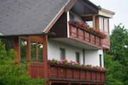 Ferienwohnung am Land - Gurk - บ้าน