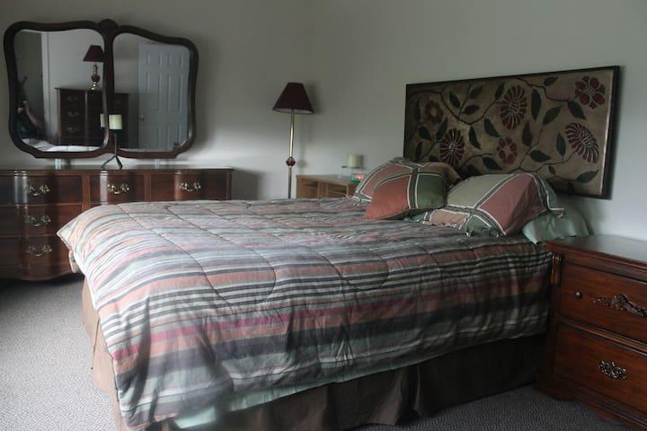 Bedroom#1 Queen size mattress in master room