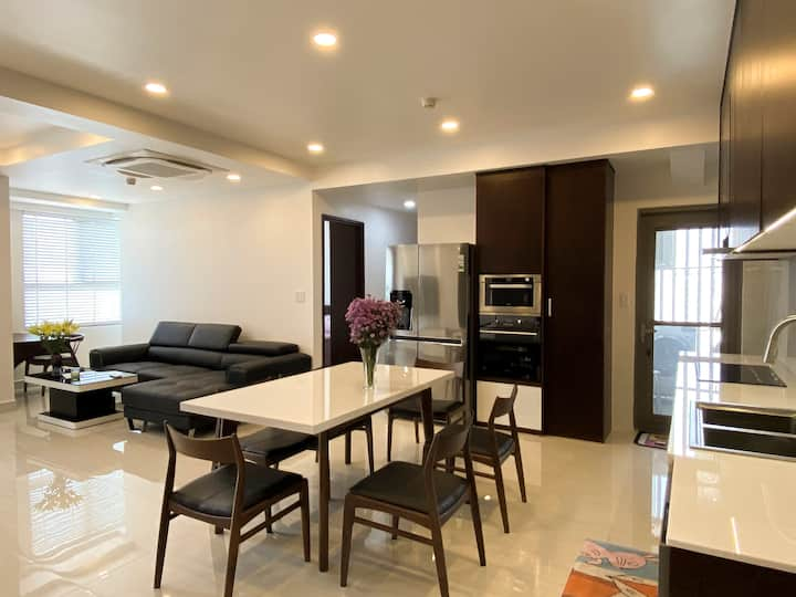 Entire 2BR Apartment in Saigon South Residences