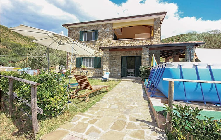 Holiday cottage with 4 bedrooms on 150 m² in Perdifumo (SA)