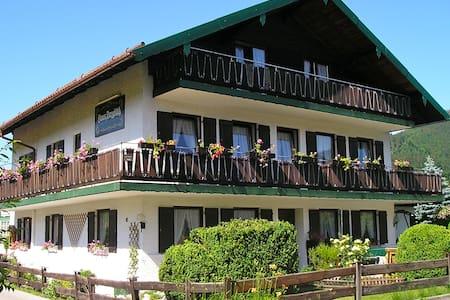 Appartement Pension Bergblick - Ruhpolding - Apartamento
