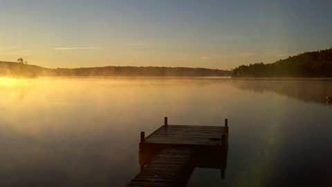 Lakeside Bungalow