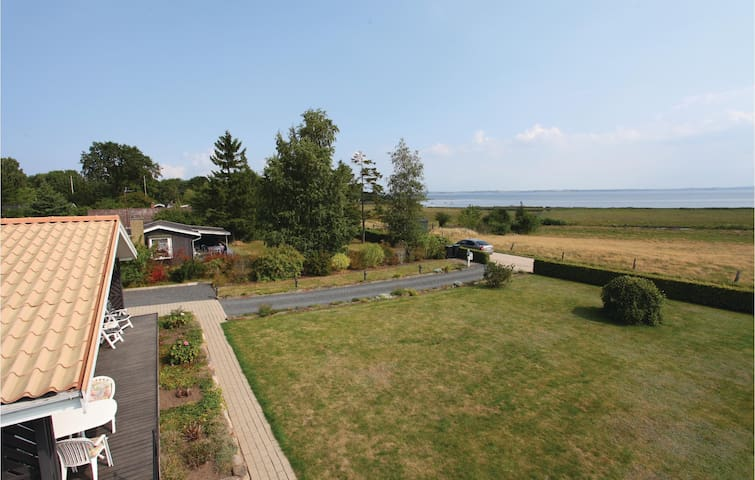 Holiday cottage with 3 bedrooms on 96m² in Holbæk