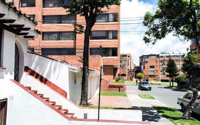 Room at Santa Barbara Bogota J - Bogota  - Hus