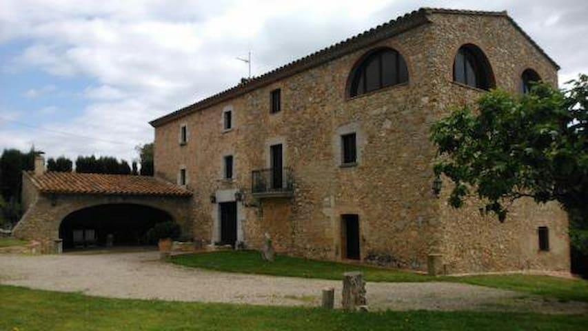 Can Sadurni - Bellcaire d'Empordà
