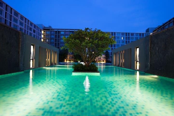 免费接机服务!清迈最大露天泳池!素贴山景观房!高档小区全新公寓!尚泰购物中心VIP通道!