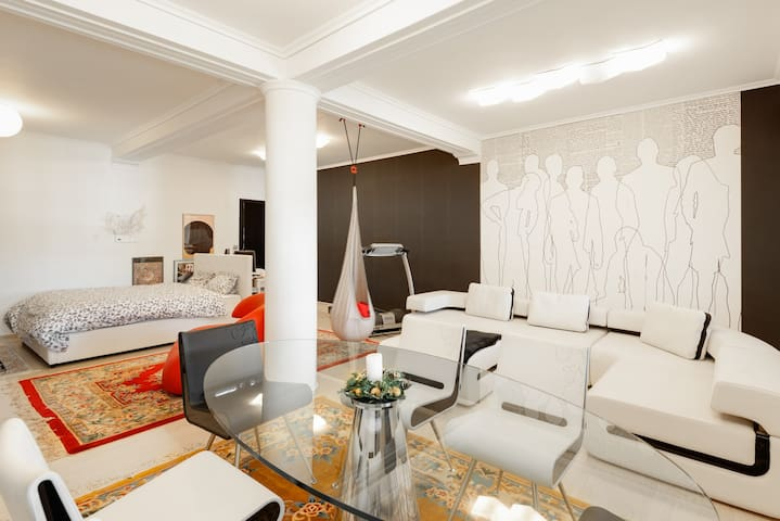 Luxurious fabulous modern studio - Panorama centre