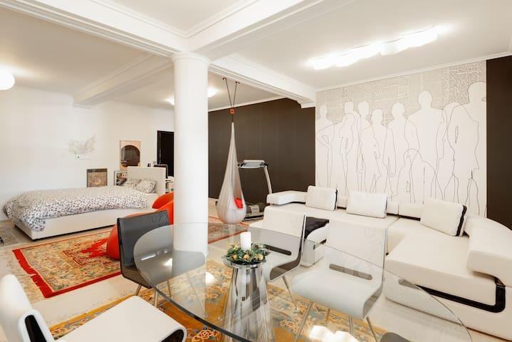 Luxurious fabulous modern studio - Panorama centre