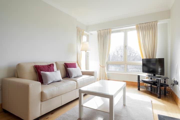 Ballsbridge D4 - Apartment overlooking parklands