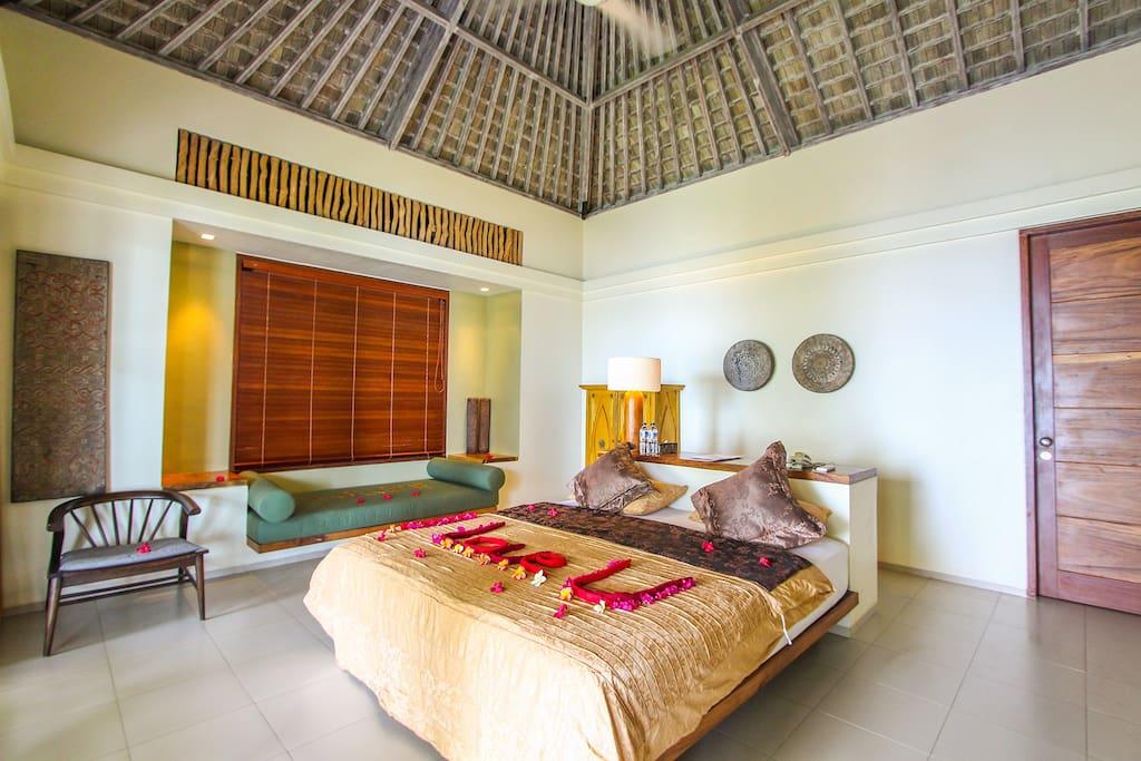 maison d h tes de luxe au bord de la mer chambres d 39 h tes louer abang bali indon sie. Black Bedroom Furniture Sets. Home Design Ideas