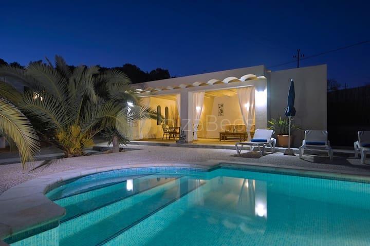 Vista Green Villa
