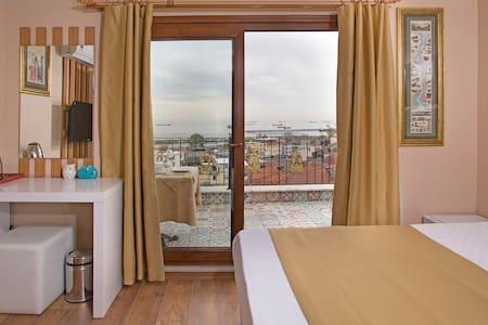 Room wt Seaview in Oldcity - Istanbul