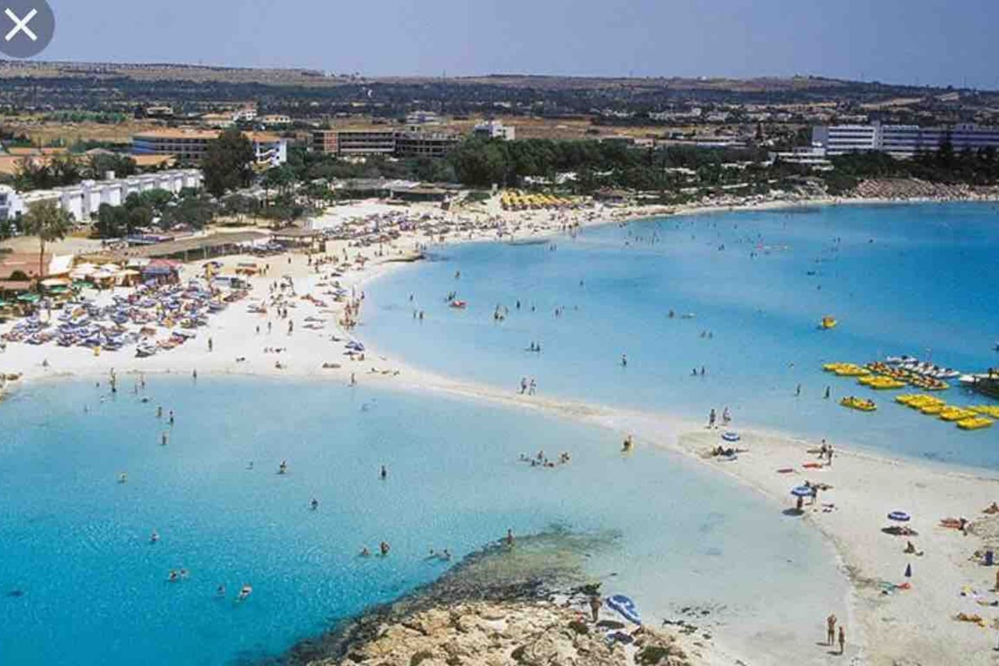 Nissi beach just 10 minutes walk from flat 3 minutes with taxi