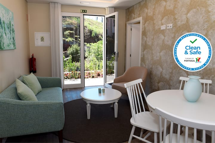 1-bed Garden Apartment in beautiful character Babosas Village Apartments - 3