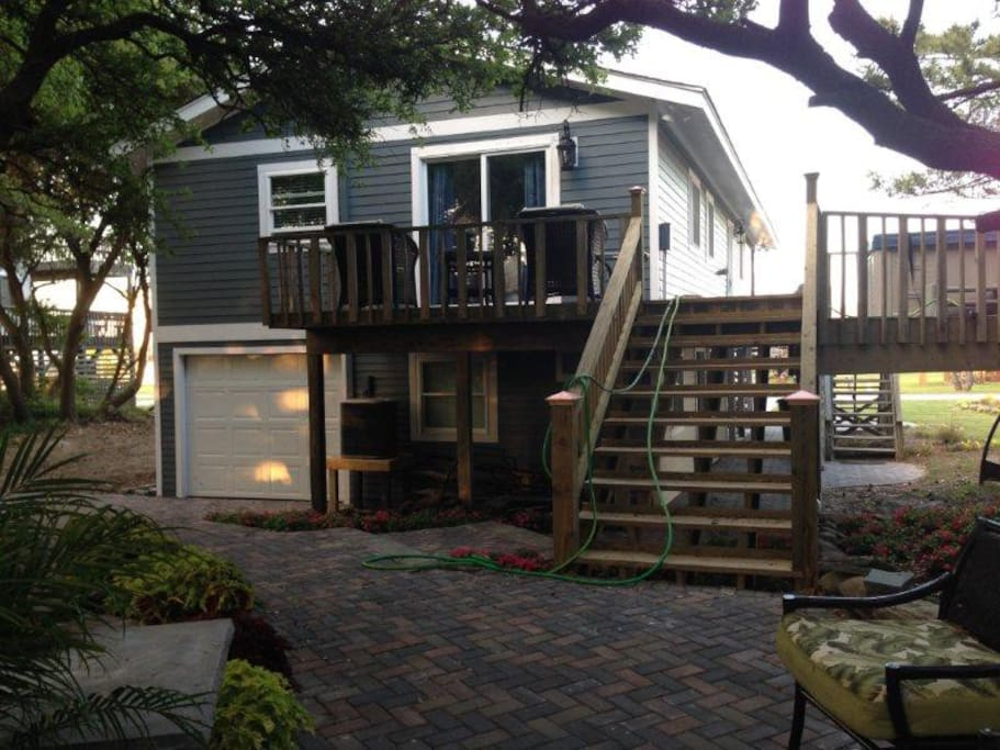 This is the back of the house, which leads to the lovely outdoor patio that's perfect for entertaining.