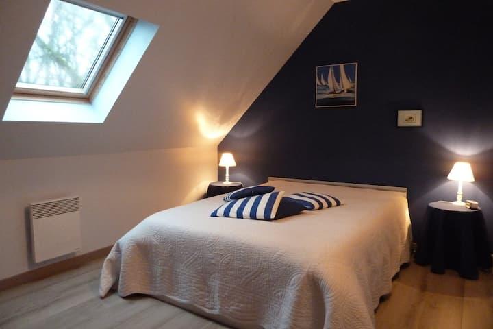 ***Chambre en vallée de Loire*** D