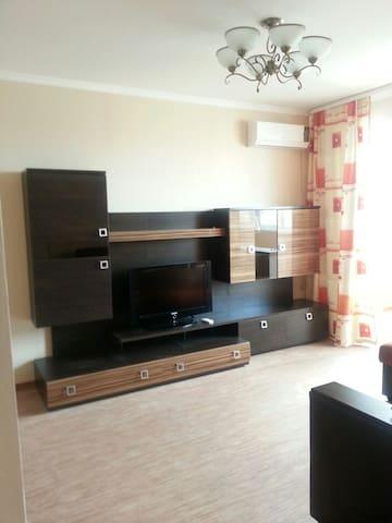 уютная квартира с всеми удобствами