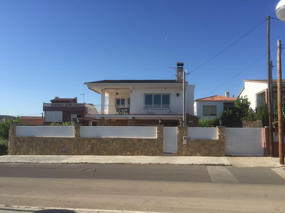 fabulous home near barcelona maisons louer calafell. Black Bedroom Furniture Sets. Home Design Ideas