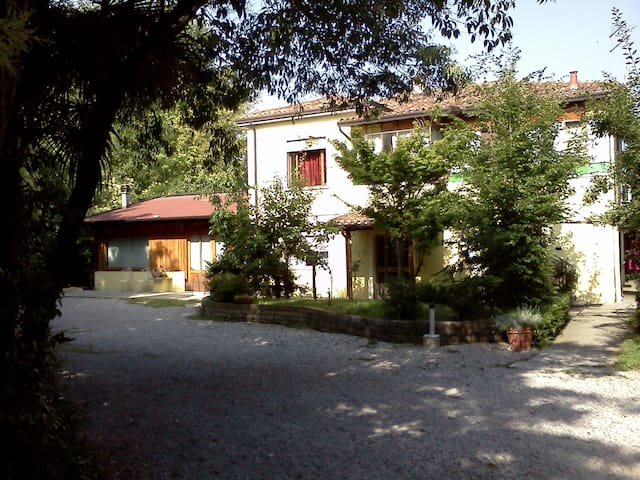 Private rooms near venice - Mestre