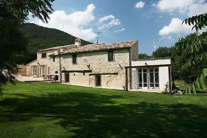 La Siesta - Casale - Treia - Rumah