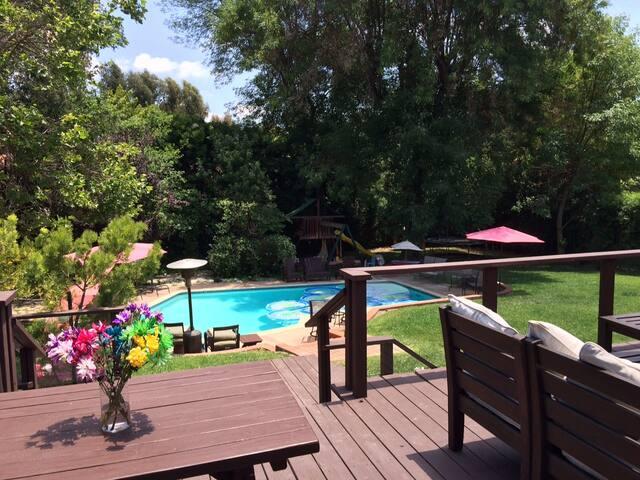 Lovely Pasadena home with pool! - Pasadena - Dům
